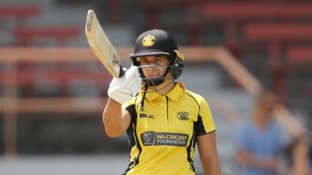 Bolton strikes half-century in WNCL final