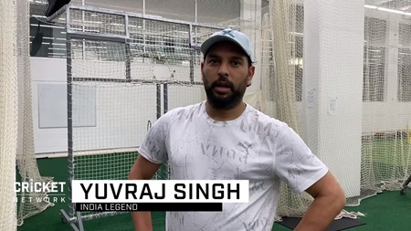 Sachin and Yuvraj hit the nets ahead of Bushfire Appeal