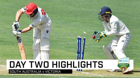 Redbacks collapse as Vics take control in Adelaide