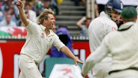 Top 20 in 2020: Warne bags wicket No.700 at the MCG