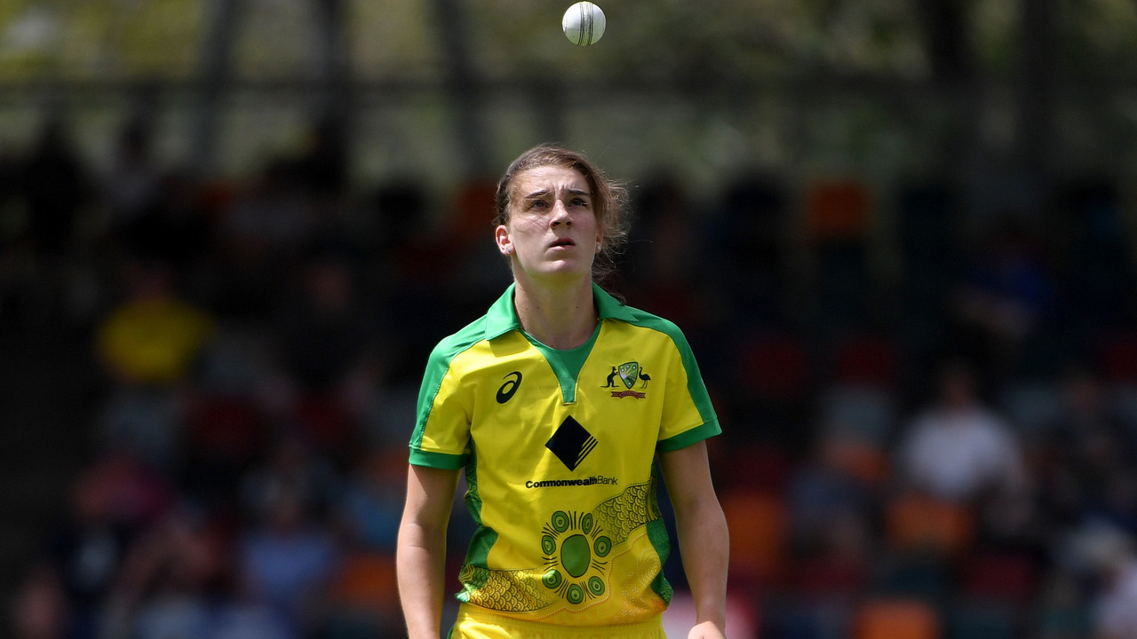 Sutherland remembers her batting heroics on debut