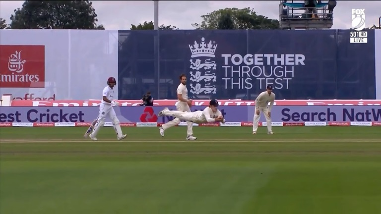 Pope-screamer-scrubbed-out-as-Woakes-oversteps-still