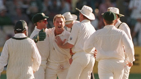 From the Vault: Young Warne has Pakistan in a spin