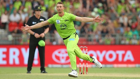 Sams bamboozles BBL's best with brilliant slower ball