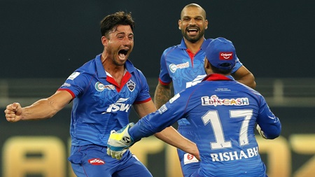 All-round Stoinis dominates in gripping IPL clash