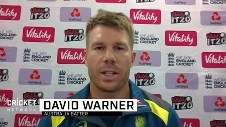 Got to be 'smarter' in middle overs, says Warner