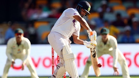 Pant's pressure-packed masterclass sinks the Aussies