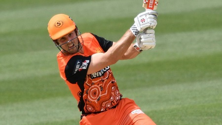 Marsh produces awesome fifty but falls just short of victory