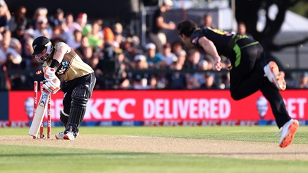 Richardson fires but Conway's 99no powers NZ