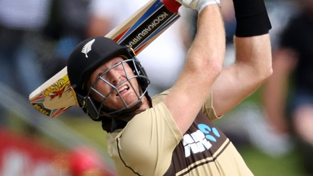 Guptill snaps form slump with devastating 97