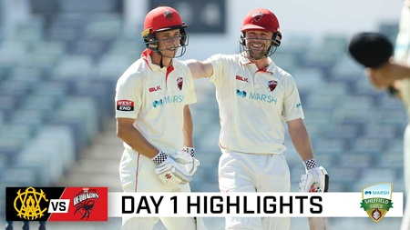 Ruthless Head, Hunt take toll as Redbacks pile up the runs