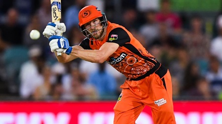 Brilliant Bancroft lifts Scorchers with unbeaten fifty