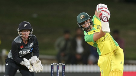 Gardner fireworks power Aussie win after early scare