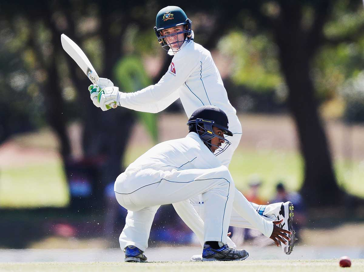 Australia batsman David Warner passes concussion test after blow
