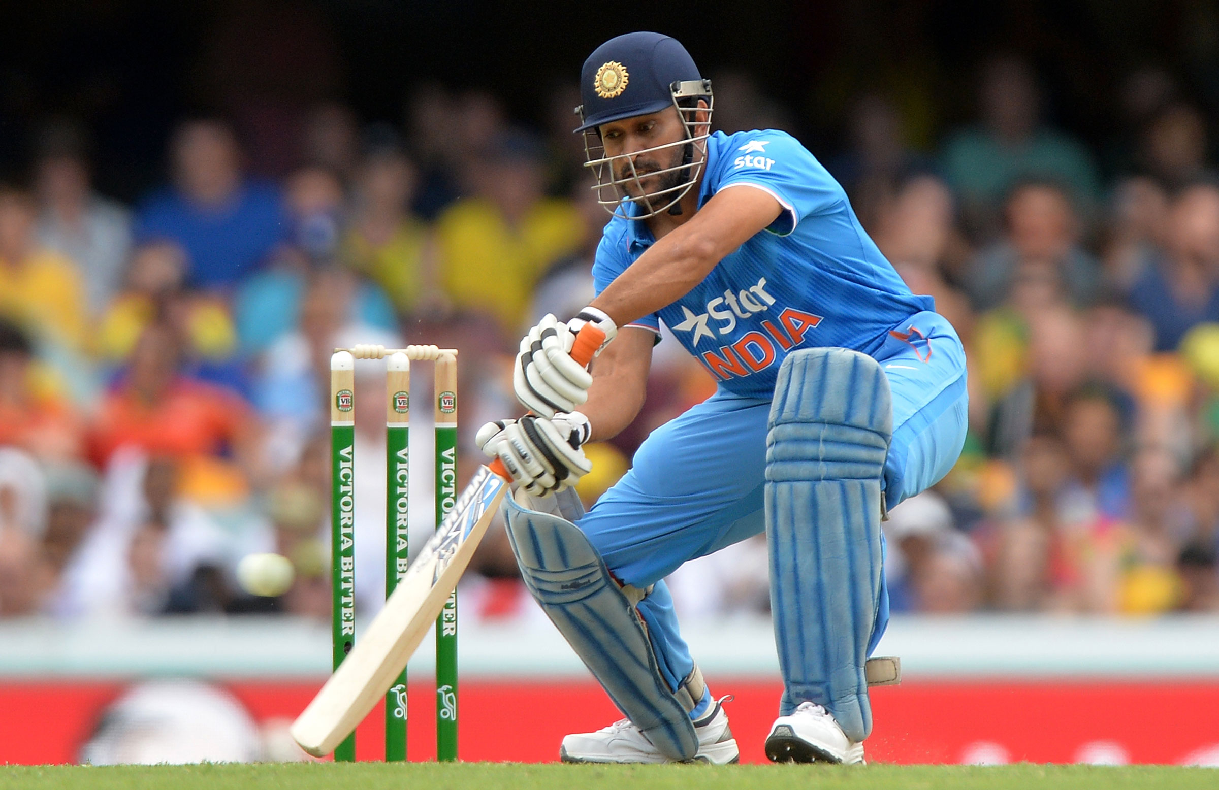Dhoni Stuns India With His Perfect Timing