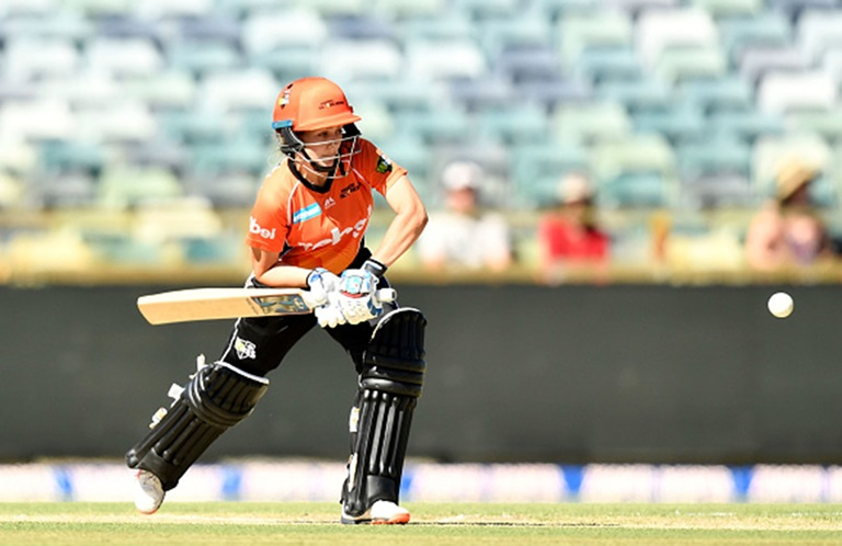 Match-Highlights-Scorchers-too-good-for-the-Strikers-still