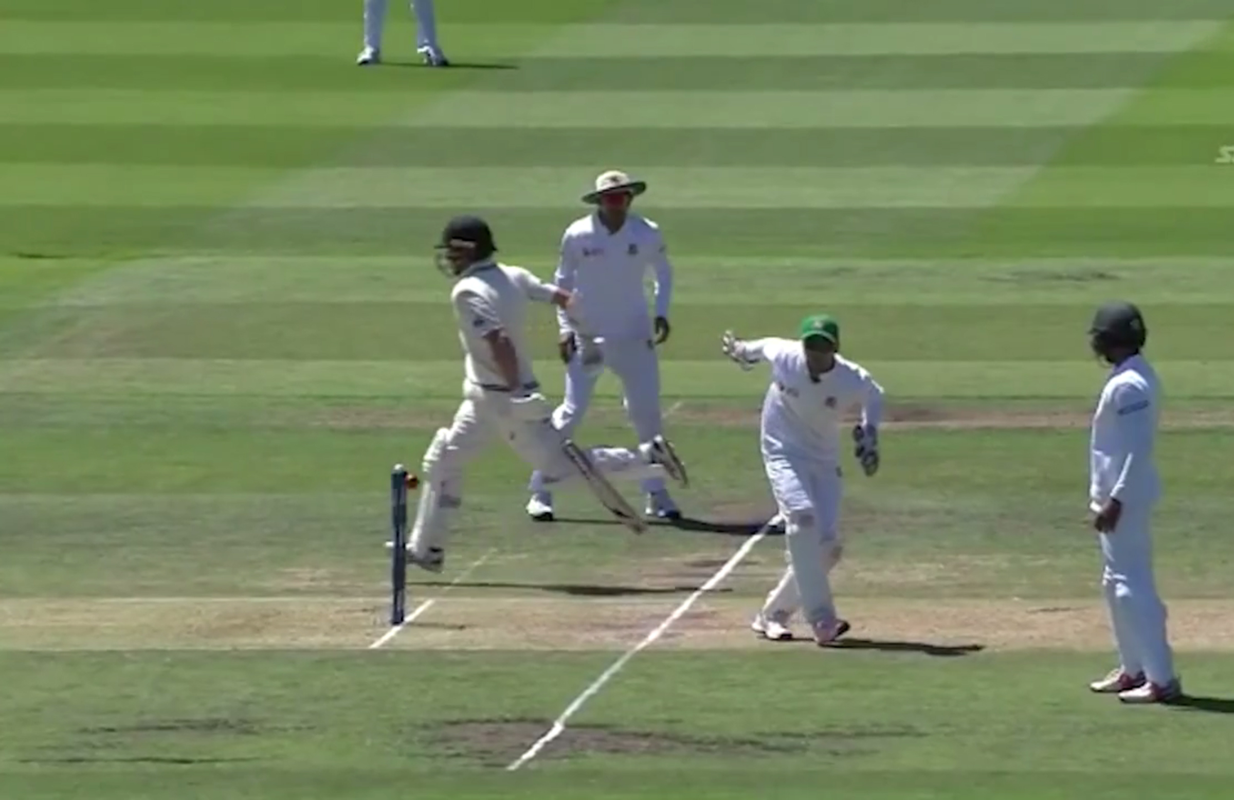 Coach calls for change to 'unfair' run-out law   cricket ...