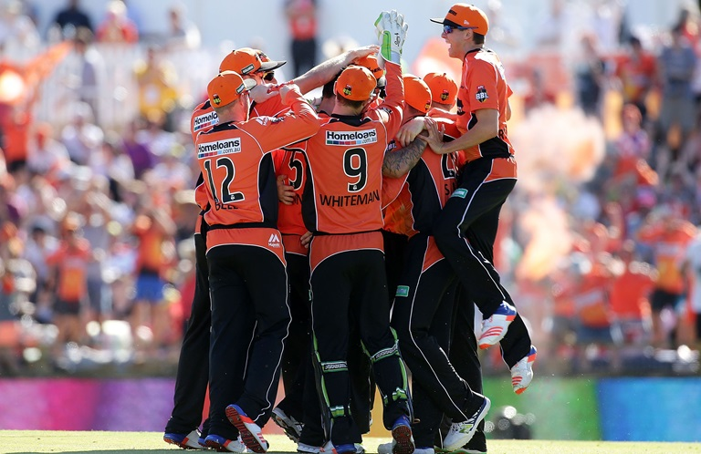 Super-Scorchers-surge-into-BBL-final-still