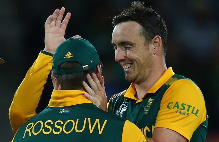 Rilee Rossouw and Kyle Abbott in happier times with South Africa // Getty