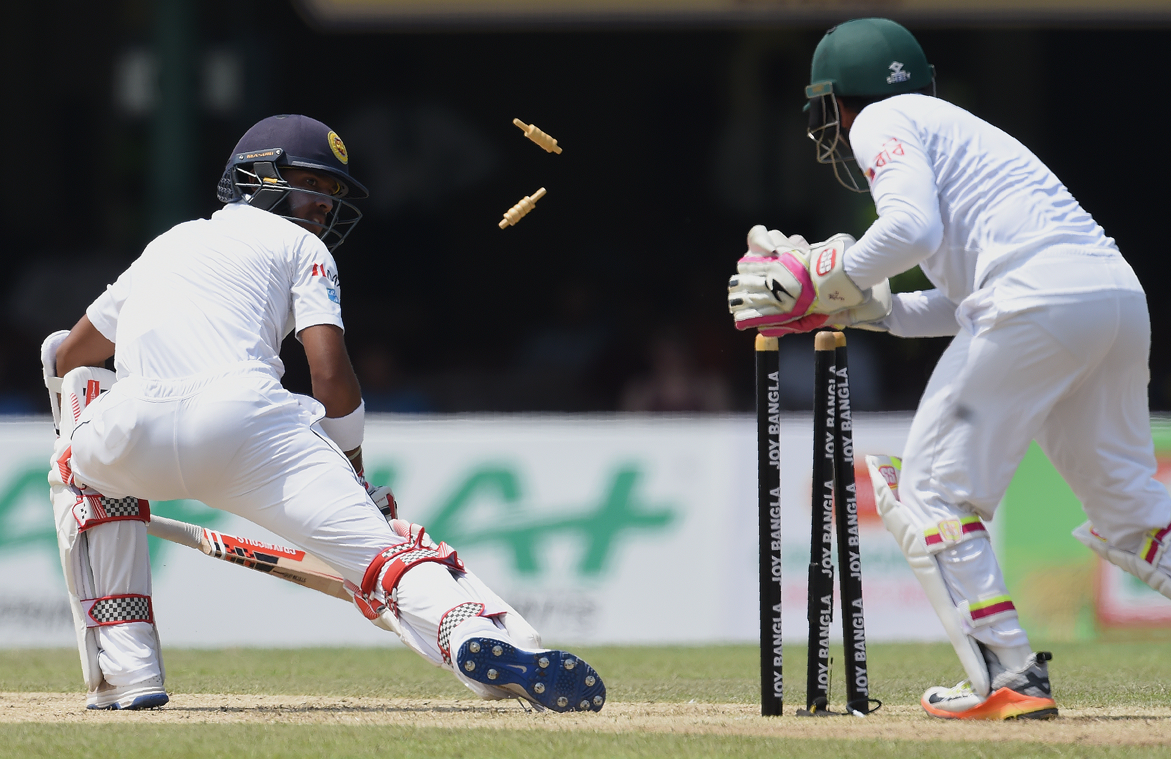 Bangladesh reach 5-316 in Sri Lankan Test