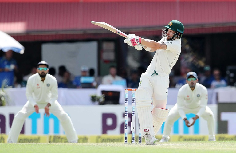 Quick-wrap-Aussies-bowled-out-for-300-still