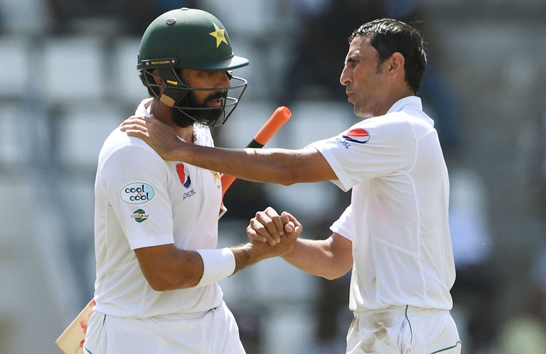 Younis-Misbah-close-in-on-fitting-farewell-still