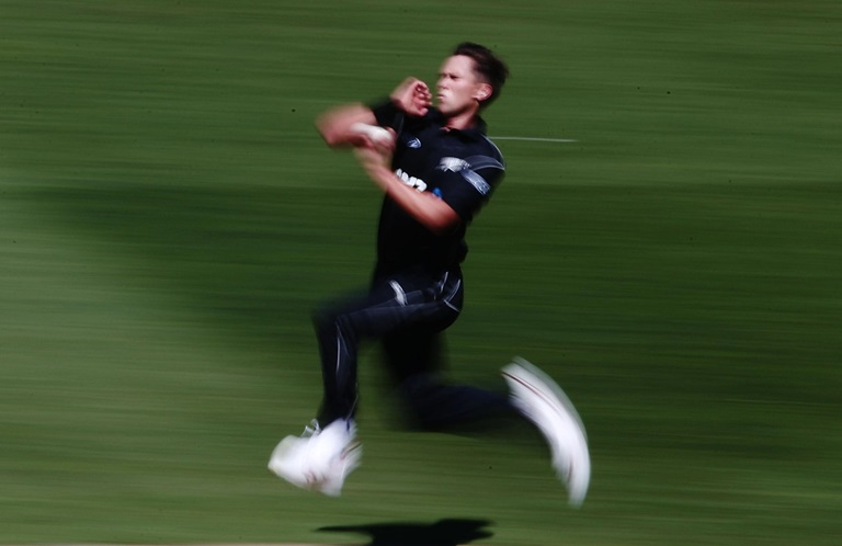 Santner-seals-NZ-win-despite-OBrien-century-still