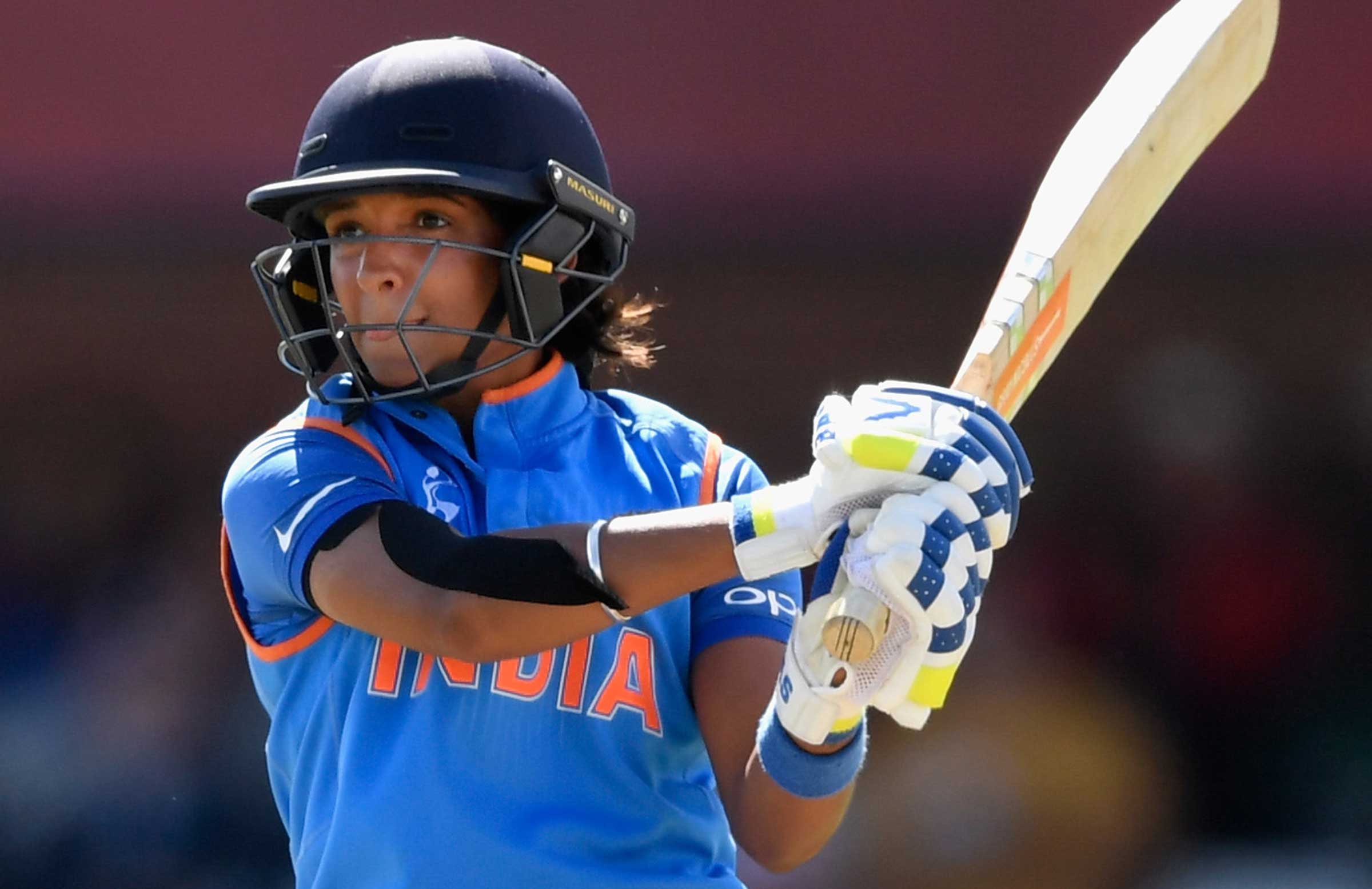 Injury forces Harmanpreet Kaur out of Women's Super League