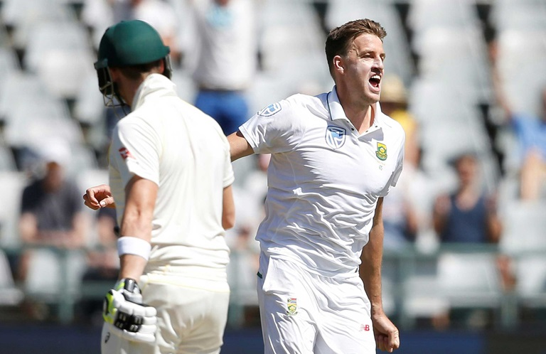 Warner-and-Rabada-play-out-thrilling-Test-battle-still