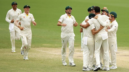 New-look Aussies dominant over SL