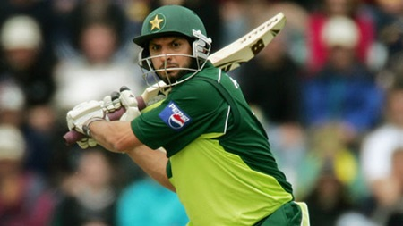 Shahid Afridi goes berserk in 2005 Hobart one-dayer