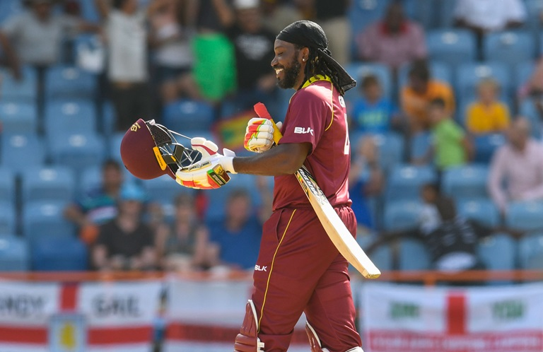 Ridiculous-Gayle-hits-14-sixes-in-ODI-blitz-still