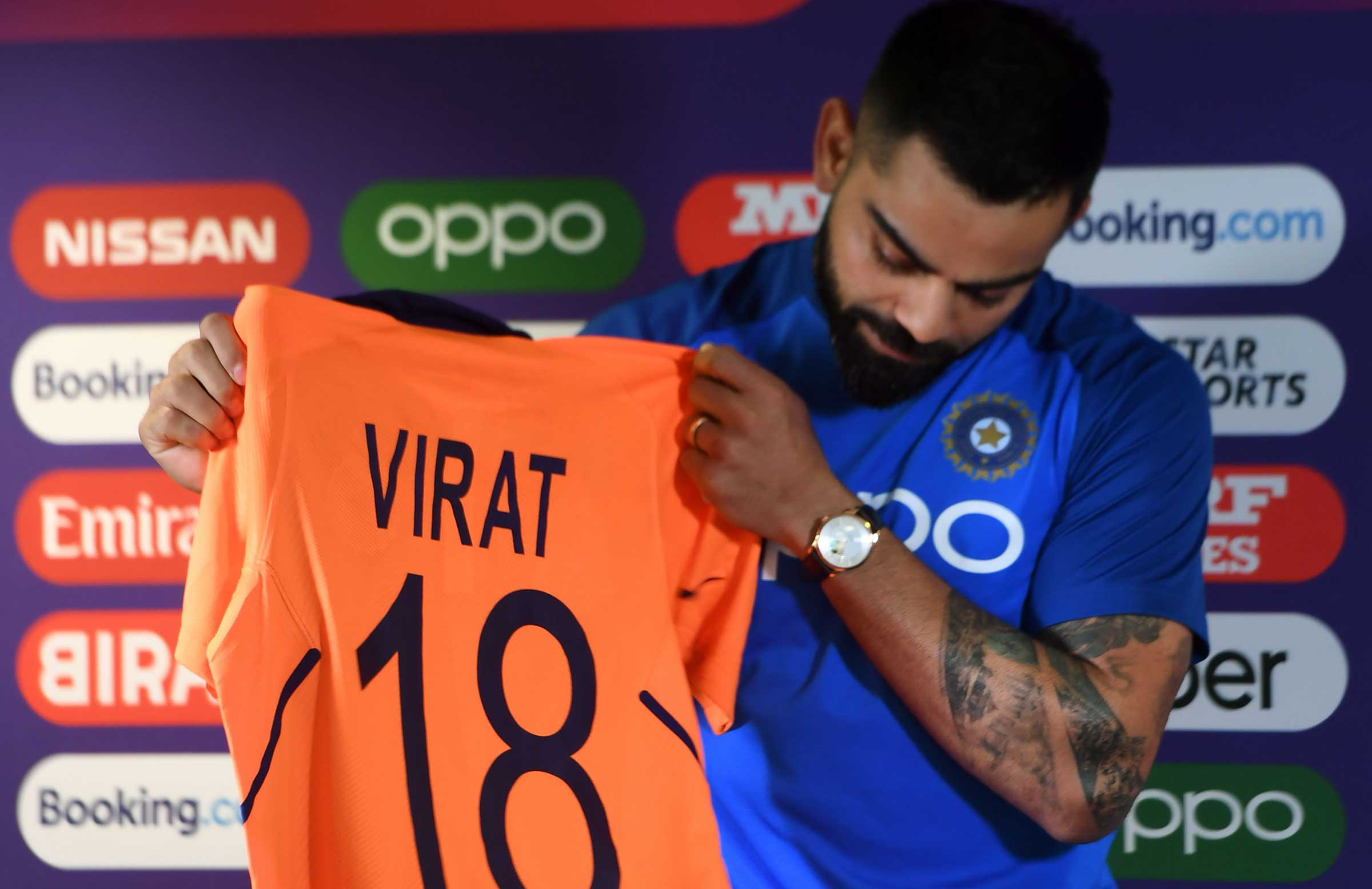 India turn orange for Cup clash with England