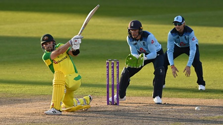 Australia rue fresh collapse as England win second ODI