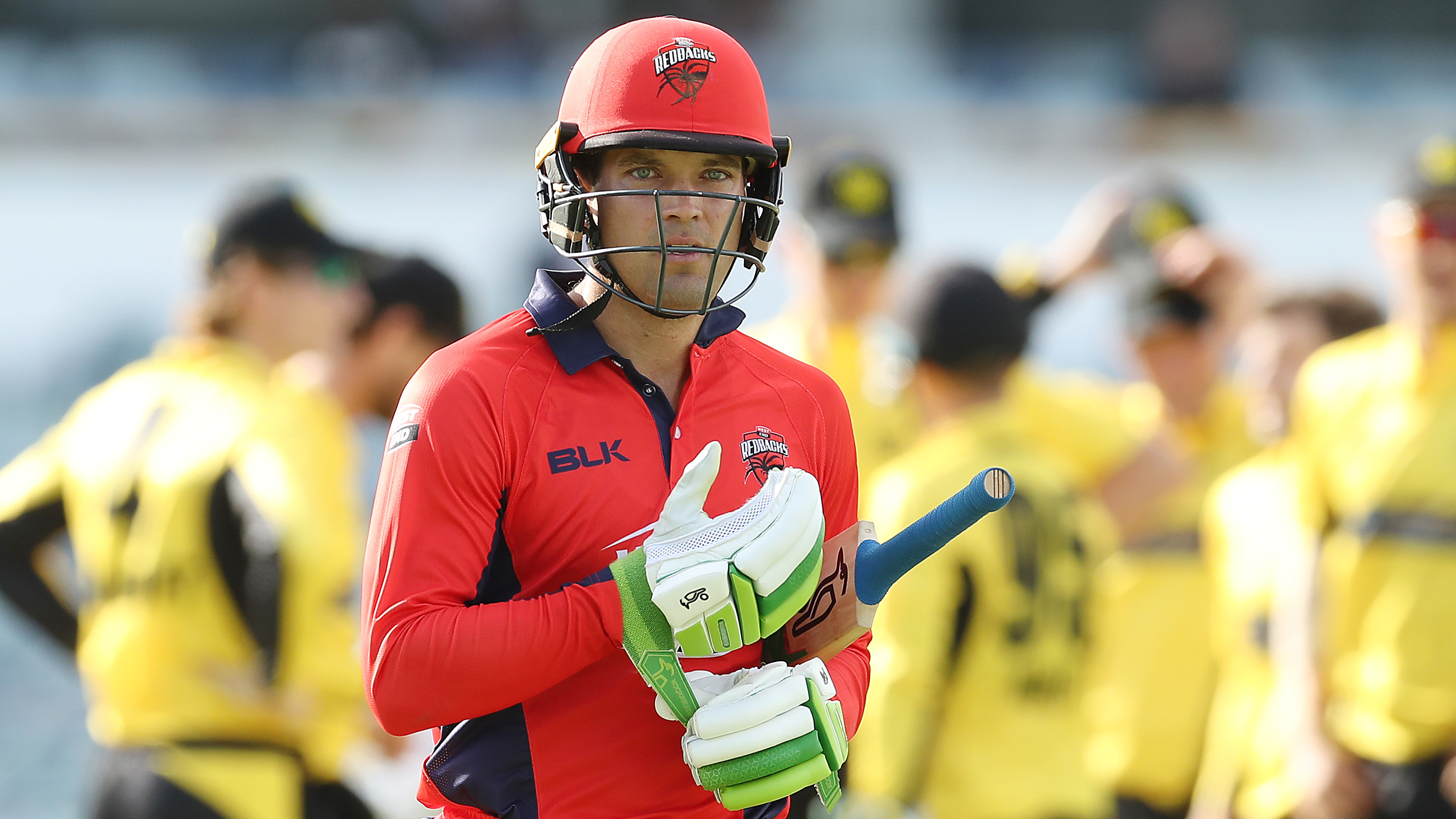 Two run outs in four balls as Carey goes without facing