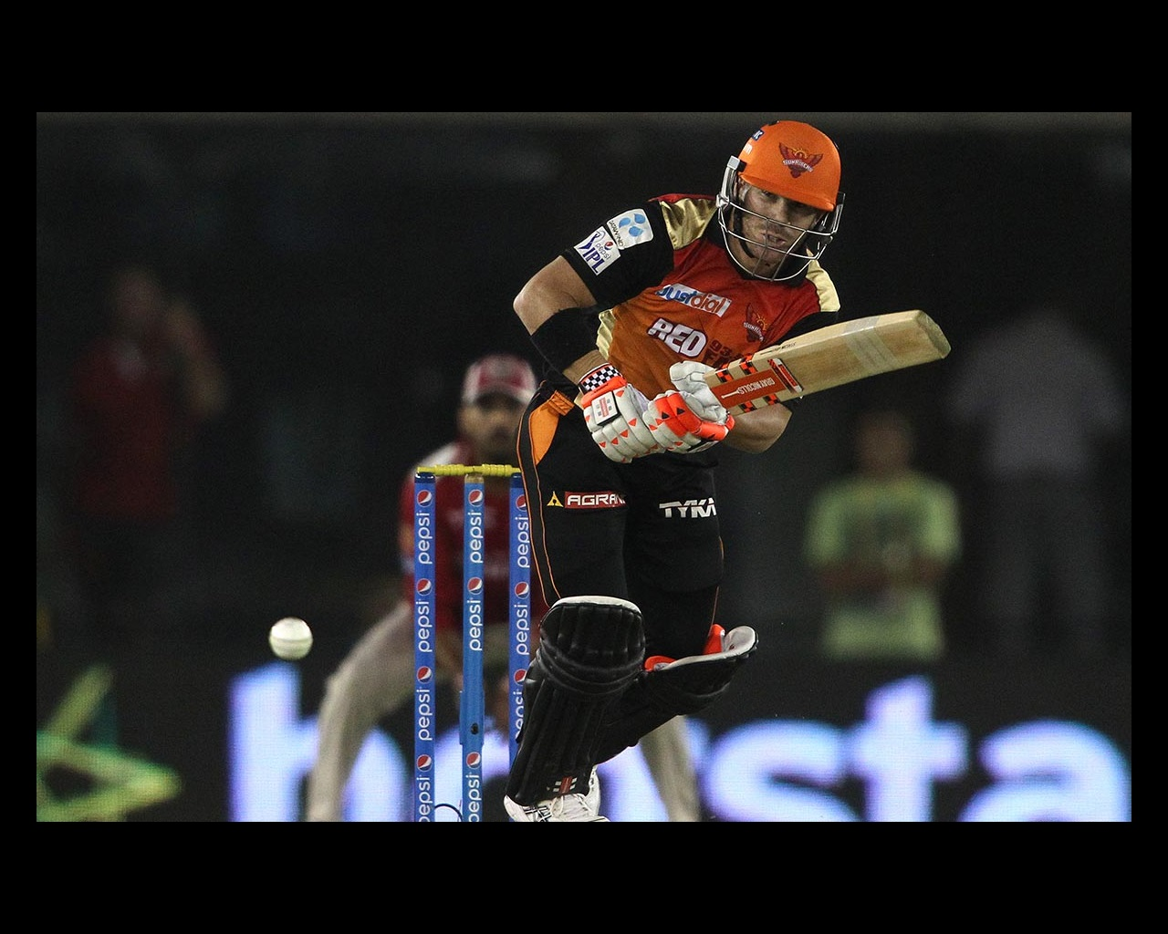 Warner, Boult guide Sunrisers to win | cricket com au