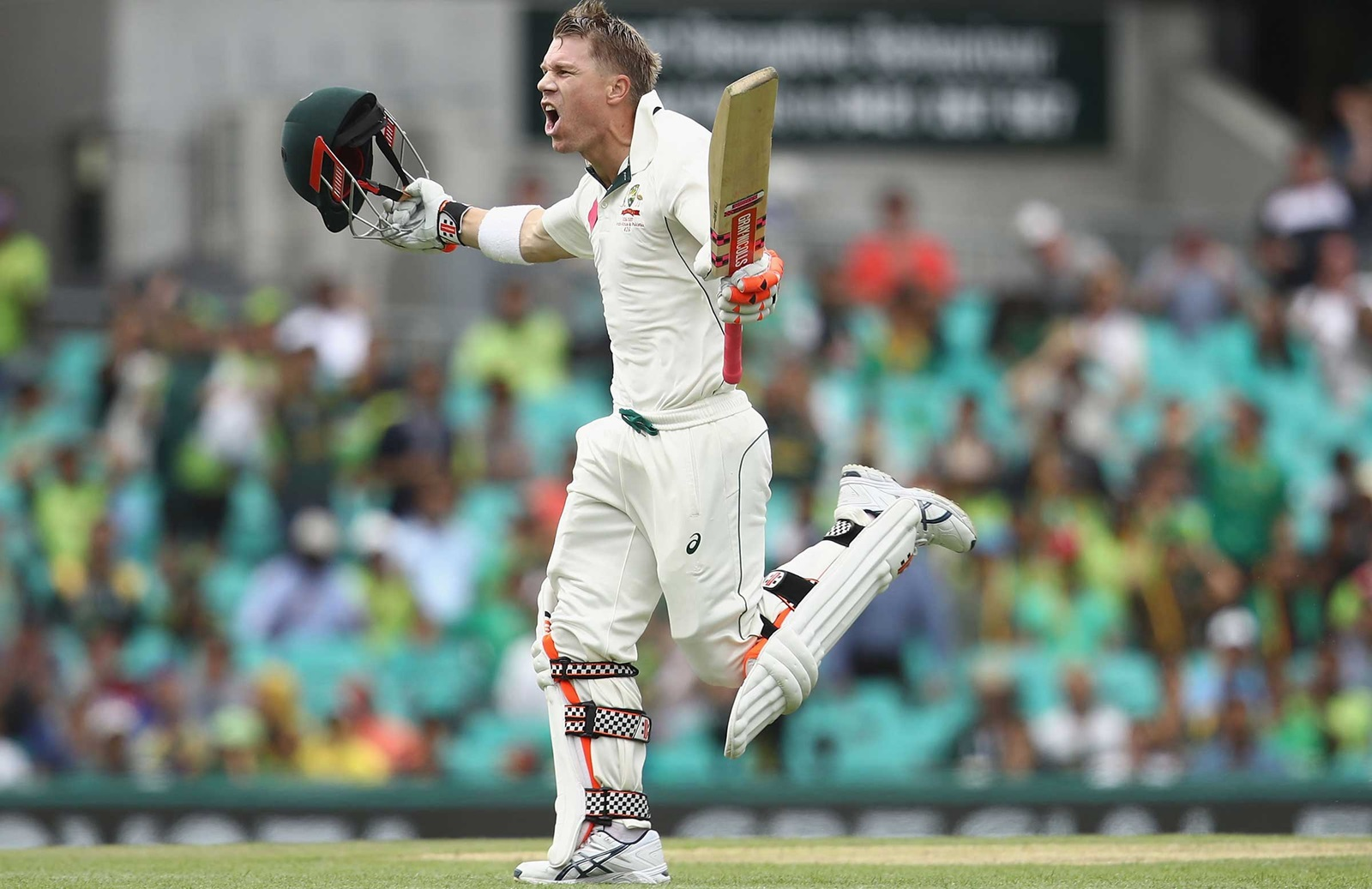 Warner creates history with first-session ton | cricket.com.au