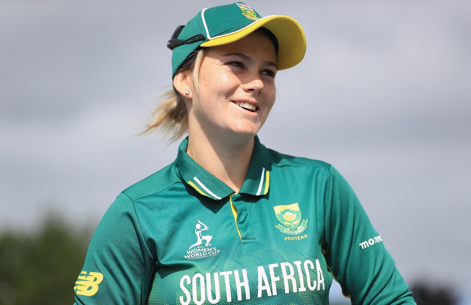 Van Niekerk outdoes Benaud in record haul | cricket.com.au