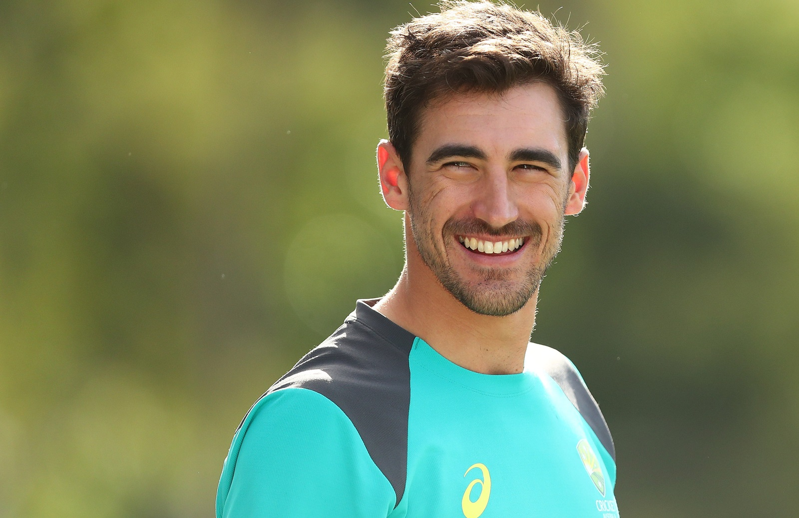 Mitchell Starc income