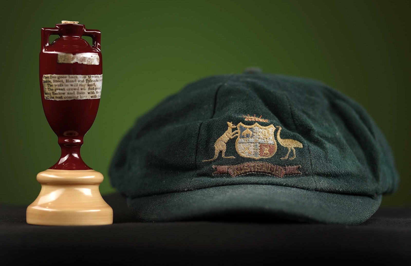 82da5f90052 Confirmed  Ashes urn is coming home