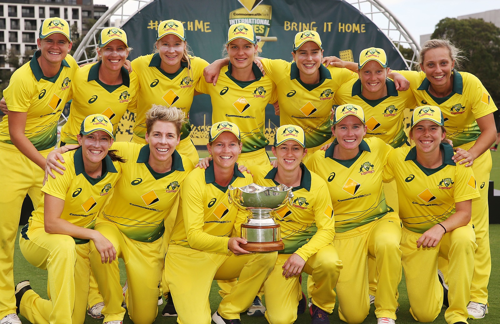 Dominant Aussies Cruise To Clean Sweep Cricket Com Au