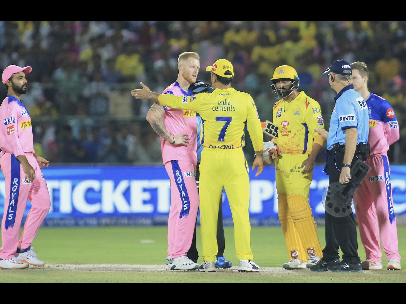 Dhoni fined following dramatic IPL clash | cricket.com.au