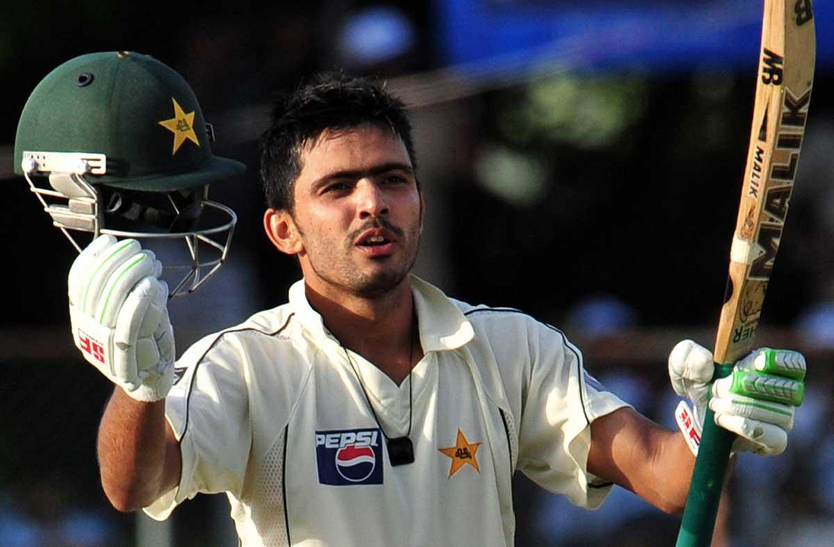 Fawad Alam celebrates a Test ton against Sri Lanka in 2009 // Getty