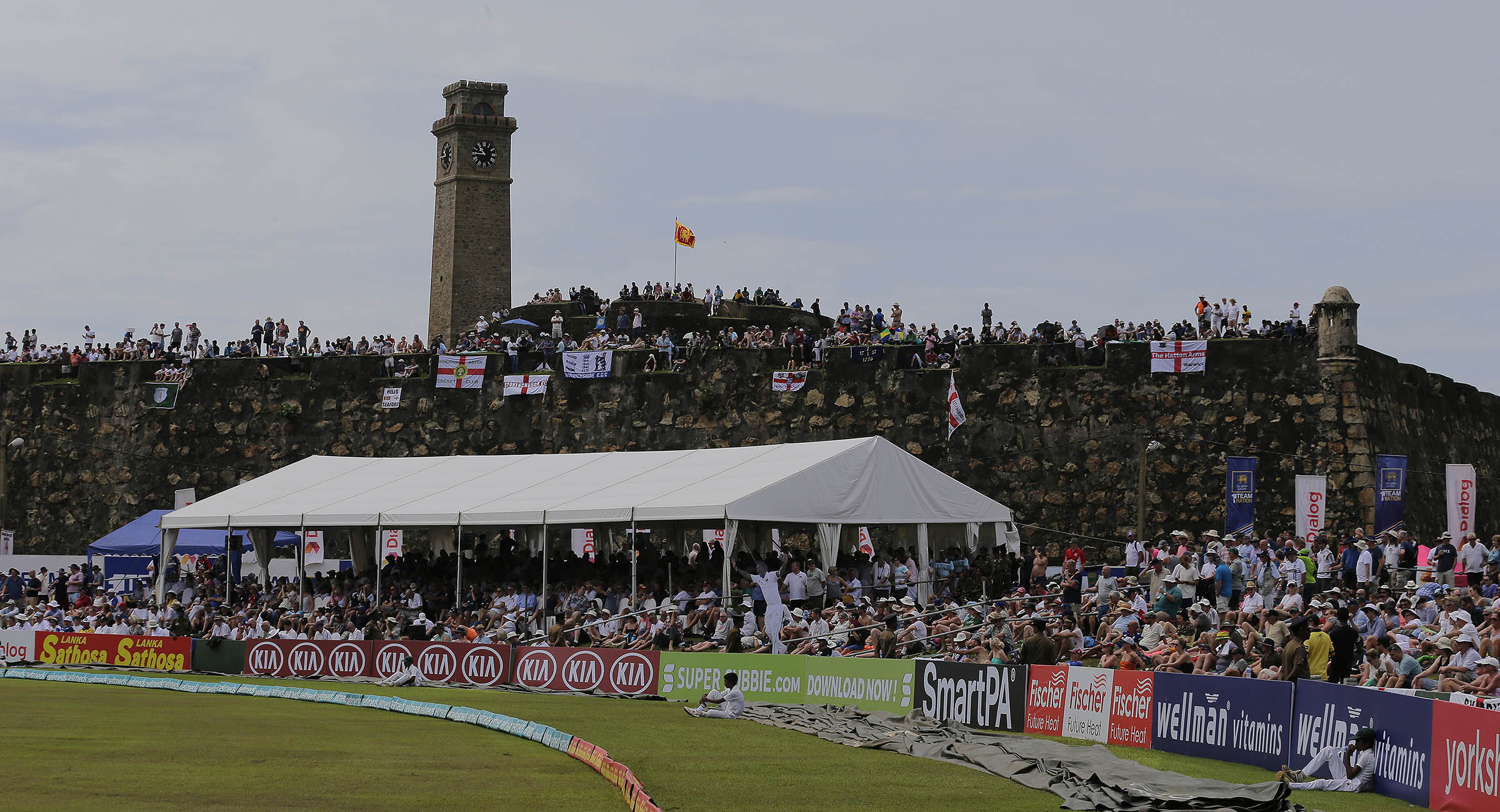 England fans cram onto the fort at Galle Stadium // Getty
