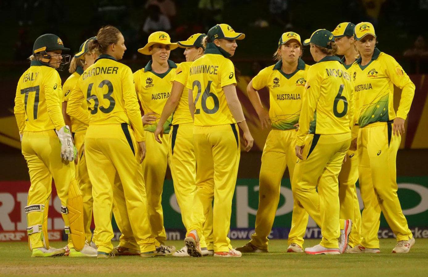 Australia players celebrate a wicket // Cricket Network