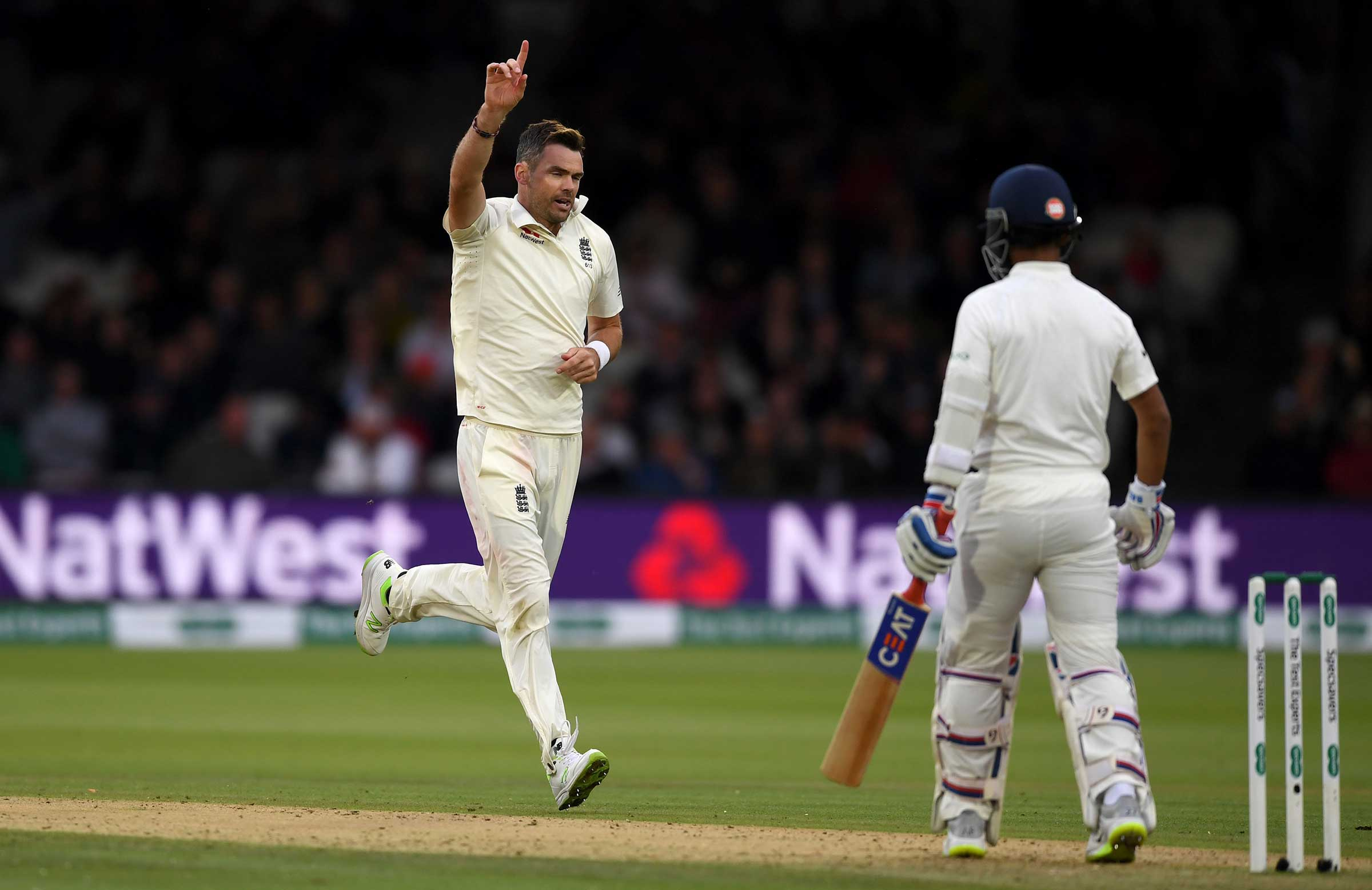 Anderson removed Rahane // Getty