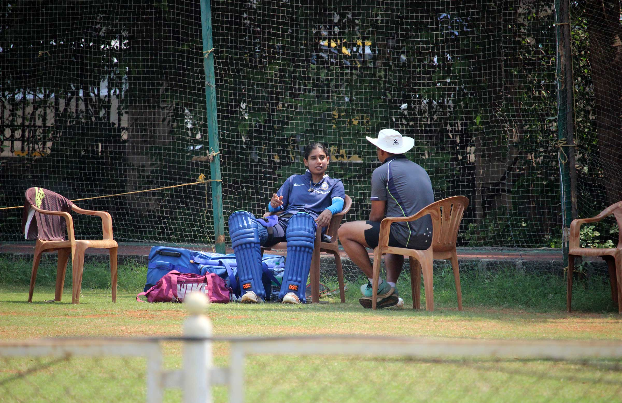 Mithali Raj keeps an eye on the Aussie game // Cricket Network