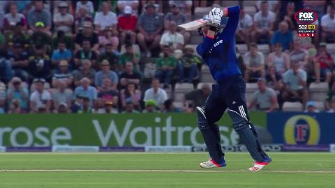 Roy-hits-dizzying-heights-as-England-beat-Pakistan-still