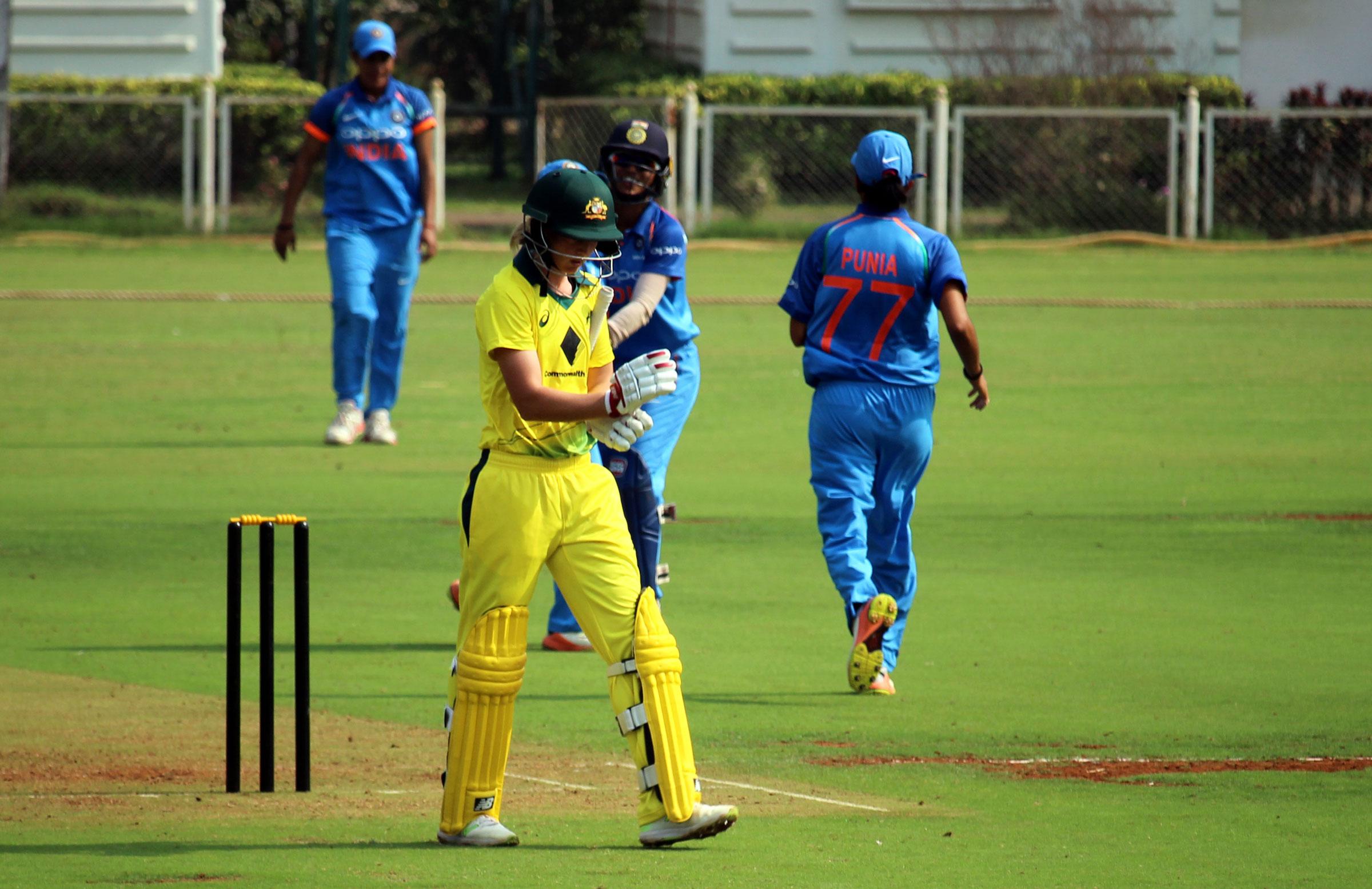 Lanning departs after falling for one // cricket.com.au