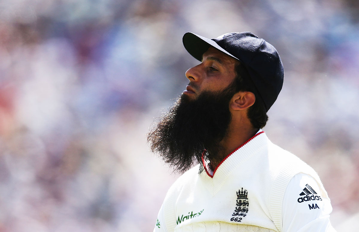 Moeen Ali dismissed Michael Clarke // Getty Images